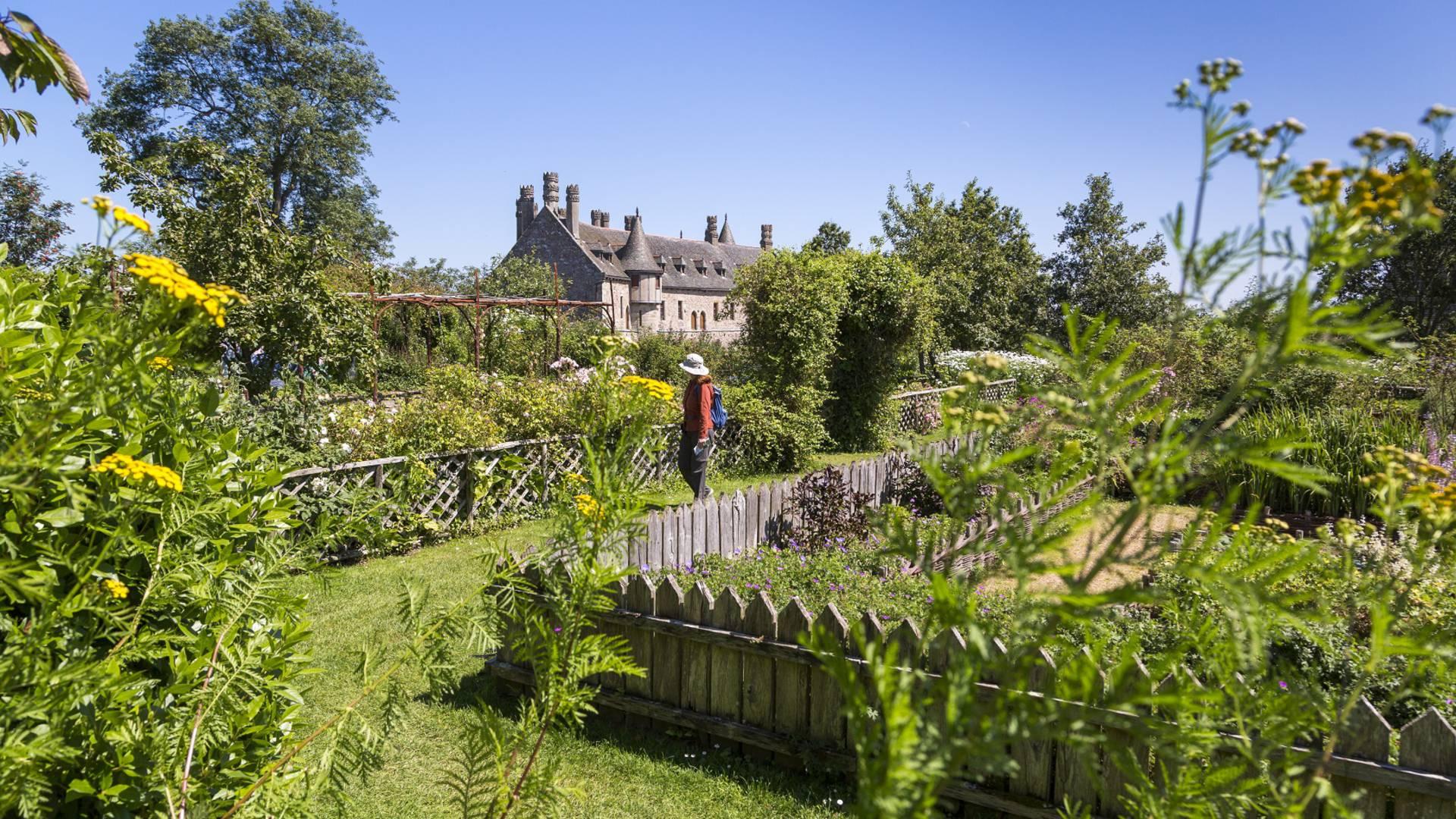 Jardin du Domaine de la Roche Jagu ©C. Bossard
