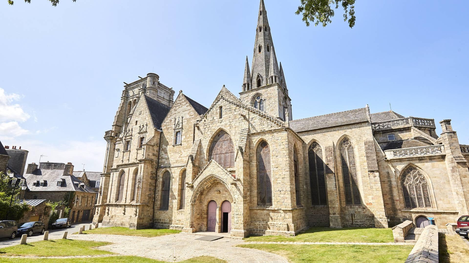 Basilique Notre-Dame de bon-Secours à Guingamp ©Alexandre Lamoureux