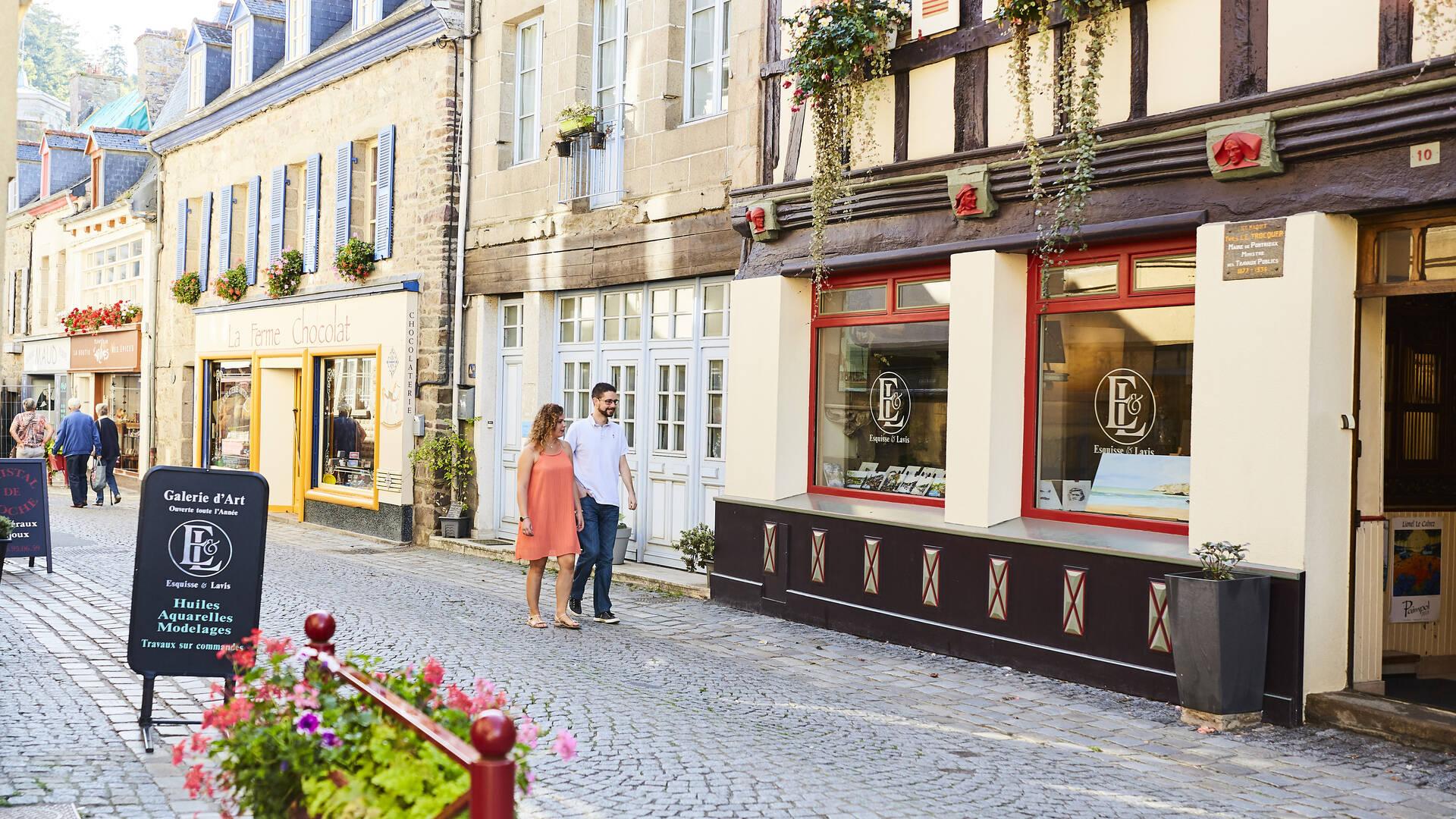 Commerces de Pontrieux ©Alexandre Lamoureux