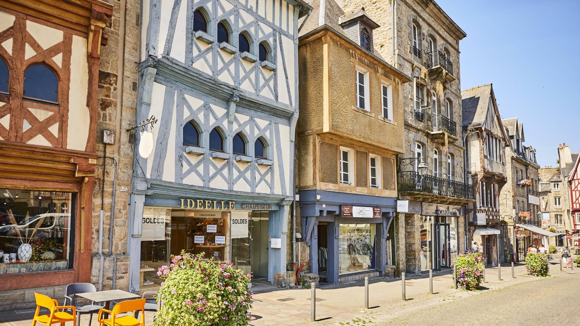 Rues commerçantes à Guingamp ©A. Lamoureux
