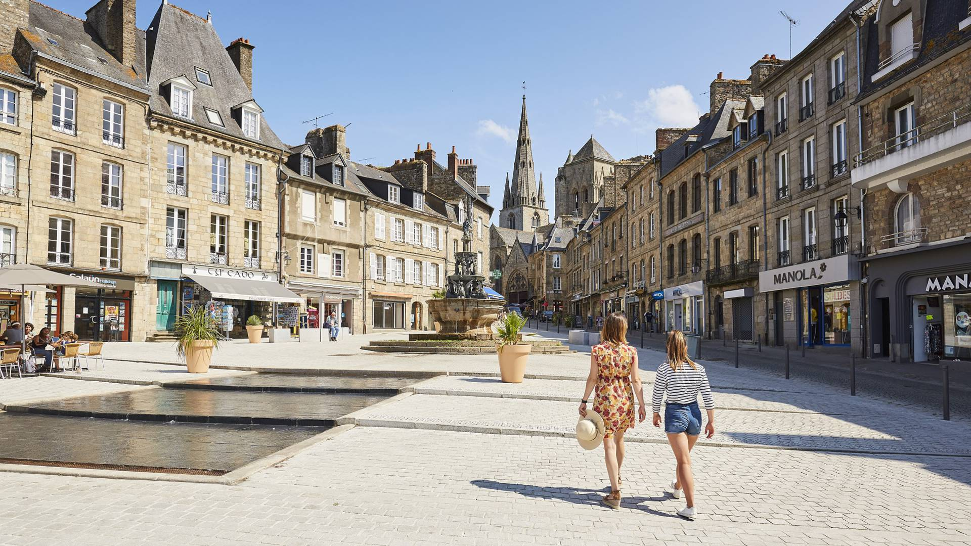Place du Centre à Guingamp ©Alexandre Lamoureux